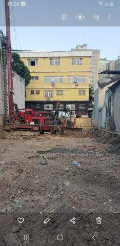 Aluguel de Retroescavadeira e Caminhão - Foto 3
