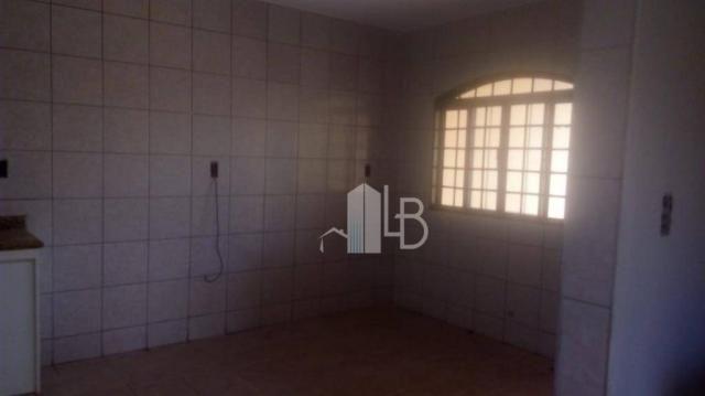 Casa com 3 dormitórios para alugar, 90 m² por R$ 2.000,00/mês - Santa Mônica - Uberlândia/ - Foto 5