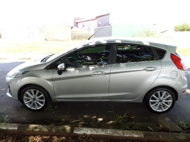 New Fiesta Hatch Titanium 1.6 Flex AT - Foto 4
