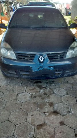 Renault Clio sedã batido - Foto 5