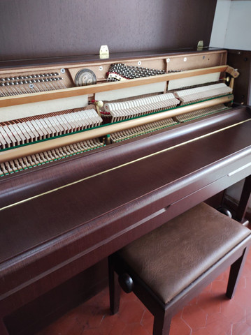 Piano semi-novo  - Foto 6