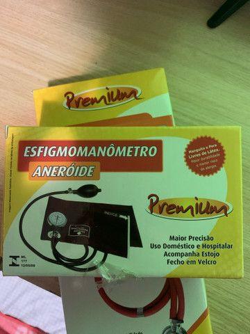 kit estetoscópio e esfigmomanômetro vinho premium
