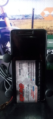 Suporte de celular com carregado USB