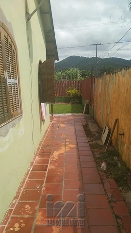 Residência com amplo terreno no Bom retiro - Foto 6