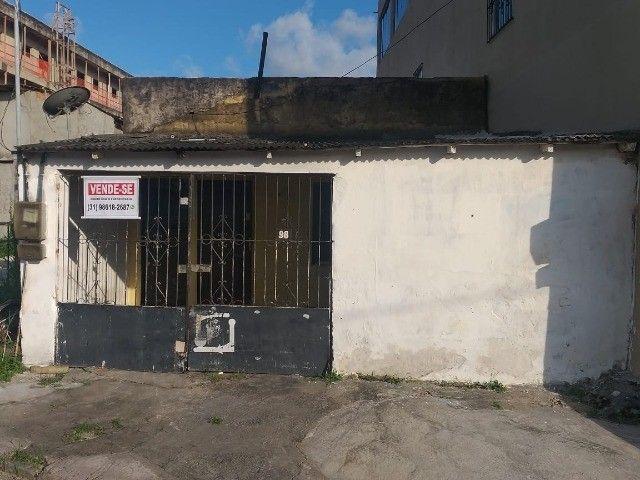 Vendo casa no bairro Telégrafo,  50 metros da Av. Senador Lemos.  - Foto 10