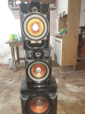 Vendo ou troco essas caixa de som estão todas boas  - Foto 2