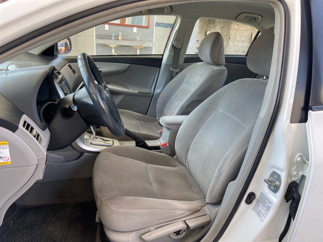 Toyota Corolla GLI Automático Modelo 2013 - Foto 9