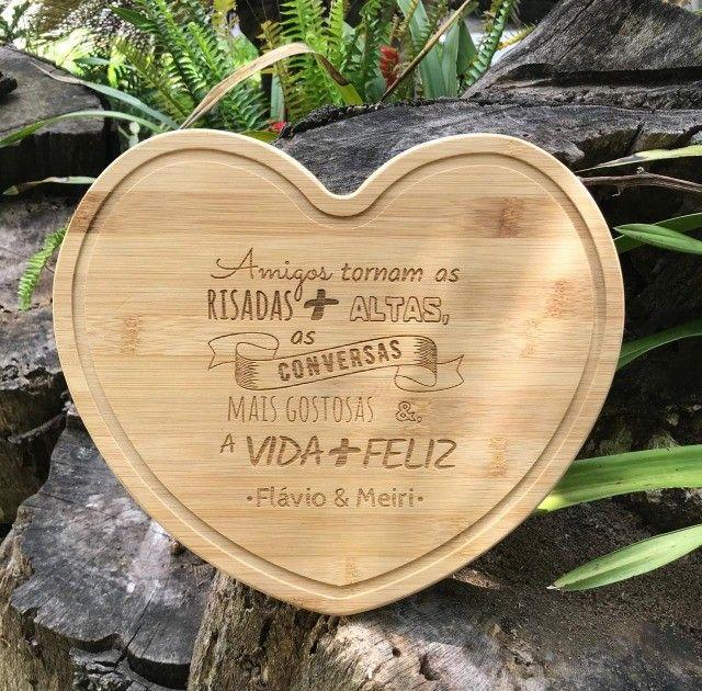Tábua de Corte em Bambu de Coração Personalizada