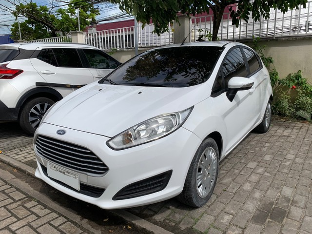 Ford New Fiesta SE 1.6 16V 2017 (Mec) Banco de couro
