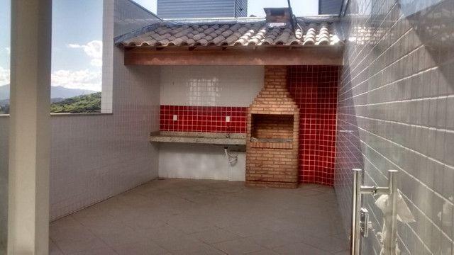 Cobertura B. Cidade Nova. COD C006. 04 quartos/duas suítes, 3 vgs garagem. Valor: 420 mil