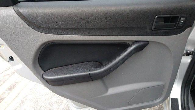Focus Hatch GLX.2013 Automático - Foto 10