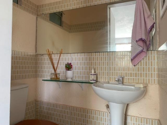 Casa duplex para venda tem 146m2 com 4 suítes próximo a praia da Caponga - Cascavel - CE - Foto 5