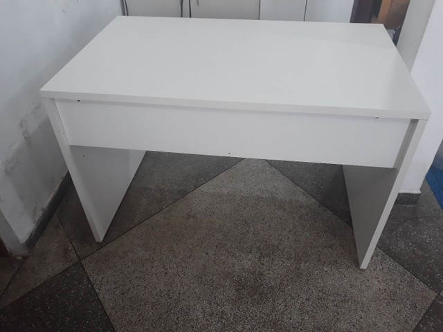 Mesa de escritorio/estudos - Foto 4