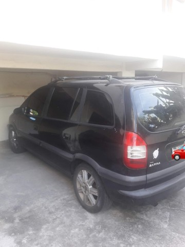 Chevrolet Zafira Elegance - Foto 8