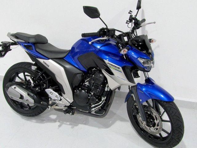 MOTO Yamaha fazer (entrada + boletos)  - Foto 6