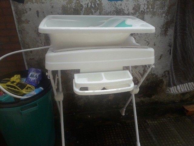 Banheira com trocador e suporte