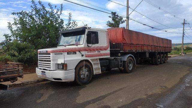 Vendo caminhão scania 112 enganada ls - Foto 2