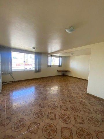 Apartamento com Cômodos Amplos. - Foto 3