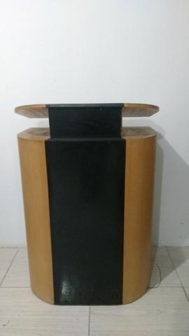 Púlpito de madeira de qualidade (Conservado)