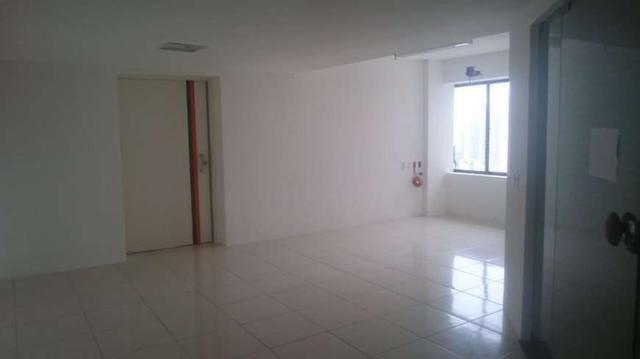 Sala Comercial para aluguel e venda. No edificio top center Com 206 m2 em Meireles - Forta - Foto 6