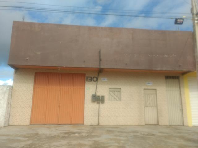 Excelente Loja Comercial com Escritórios e Banheiros: 160 m2