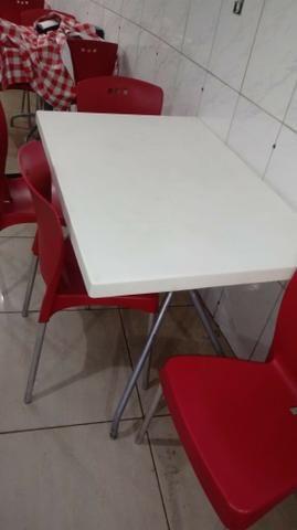 Cadeiras e mesas Tramontina Mona Alto padrão