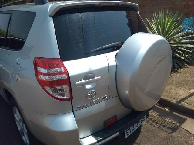 Toyota RAV4 Super Conservada - Foto 3