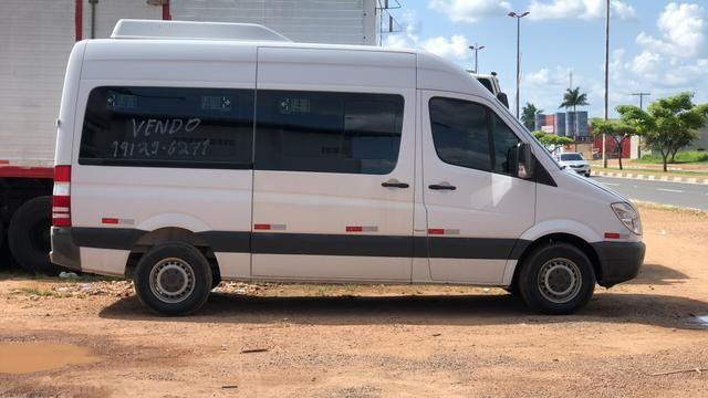Vendo Van Mercedes Sprinter 415 - Foto 2