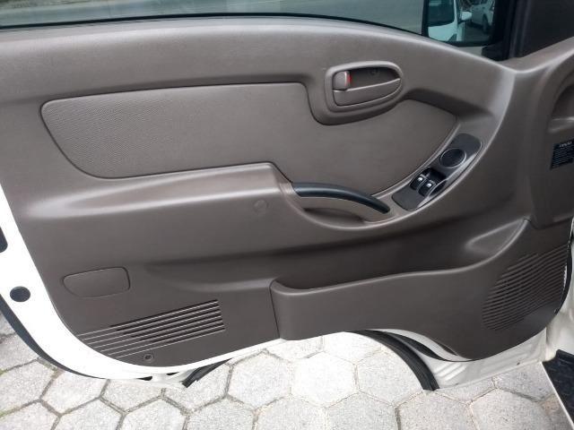 Hyundai Hr Diesel Único Dono - Muito Conservada - Carroceria de Madeira - Foto 10
