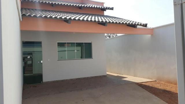 Linda Casa Nova Financia 2/4 Sendo 1 Suíte Na Laje Casa Individual Frente Pra Sombra - Foto 9