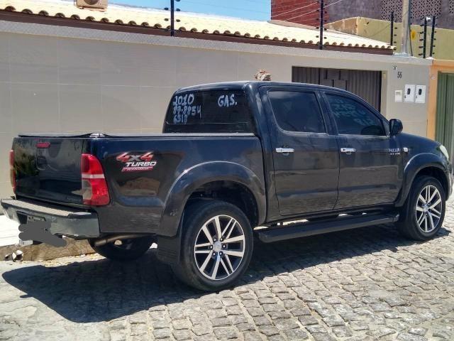 Toyota Hilux 2010 R$55.000,00 - Foto 9