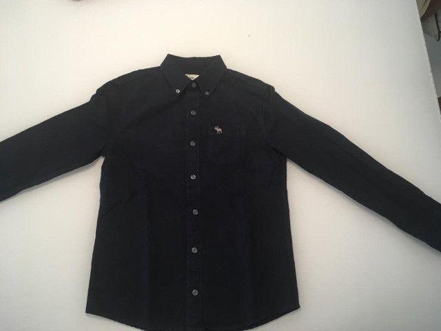 Camisas infantil de botão Abercombrie - tam M - 10 anos - Foto 2