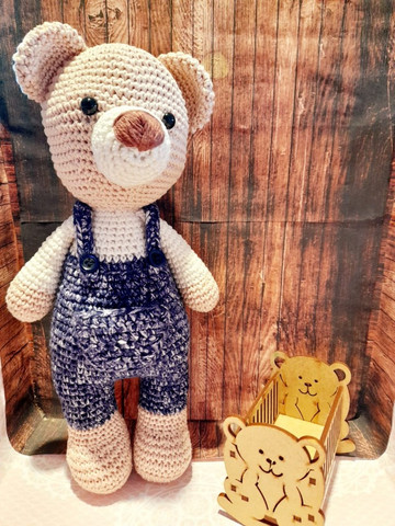 Urso de Jardineira Amigurumi - Foto 2