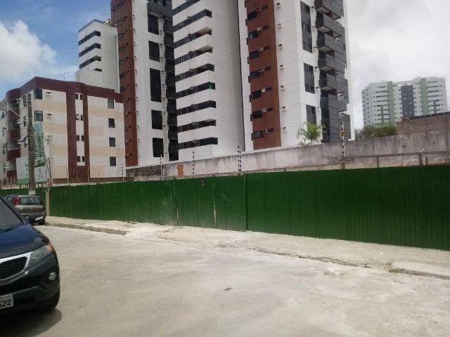 Troca por casa praia/Ap. de ate 880 mil-com torna - Apartamento 125m² atrás Palato Farol - Foto 3