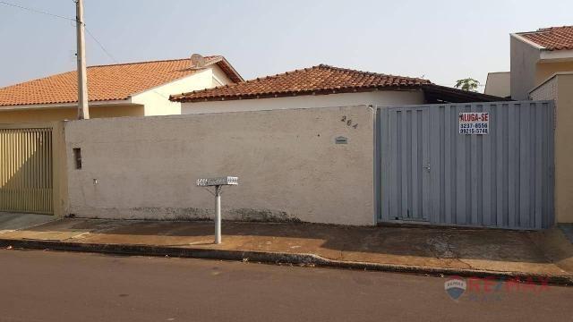 Casa com 2 dormitórios para alugar, 70 m² por R$ 900/mês - Trevo de Bady Bassit - Bady Bas