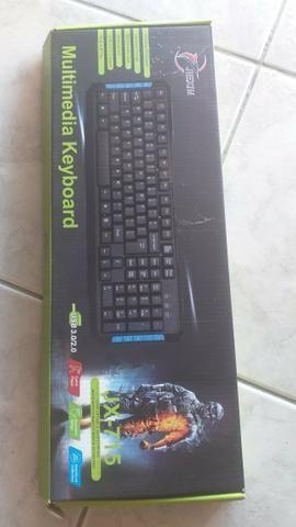 Vendo teclado Gamer USB 3.0/2.0 com funções para o computador - Foto 3