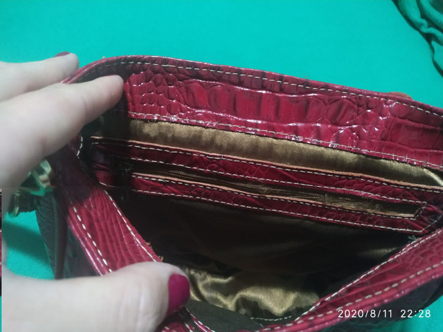 Bolsa em couro croco - Foto 6