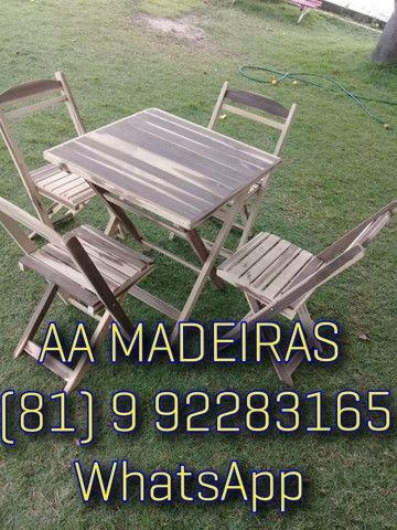 Mesas e cadeiras de madeira - Foto 4