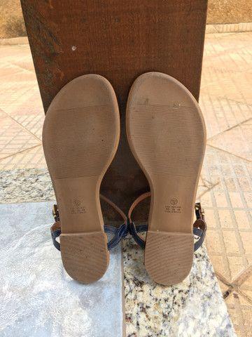 Sandália rasteirinha azul Mariotta - Foto 5