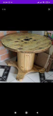 Mesa Bobina de madeira churrasco com 4 o 6 banquetas , promoção 499 RS/ 649 RS - Foto 5