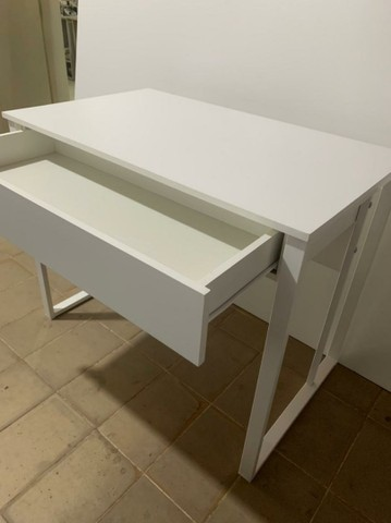 Mesa escrivaninha com gavetas  - Foto 3