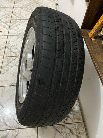 Roda 15 Honda com pneu - Foto 2