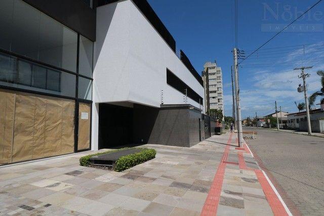 Apartamento de frente para a Lagoa do Violão - Foto 20