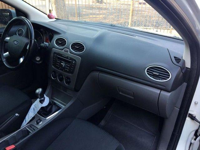 Ford FOCUS GLX 1.6 16V 4P MANUAL - Foto 9
