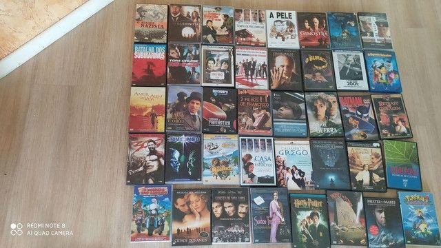 Vendo DVDS , vários títulos a R$ 6,00 cada.