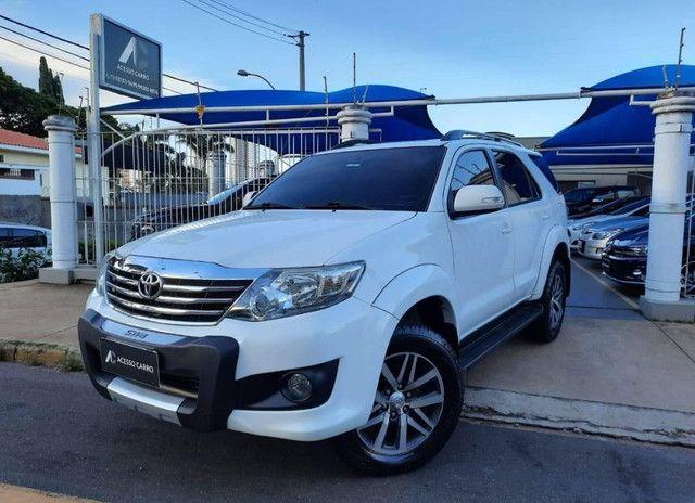 Toyota Hilux SW4 2.7 16V SR Flex Automático 5 lugares 2013