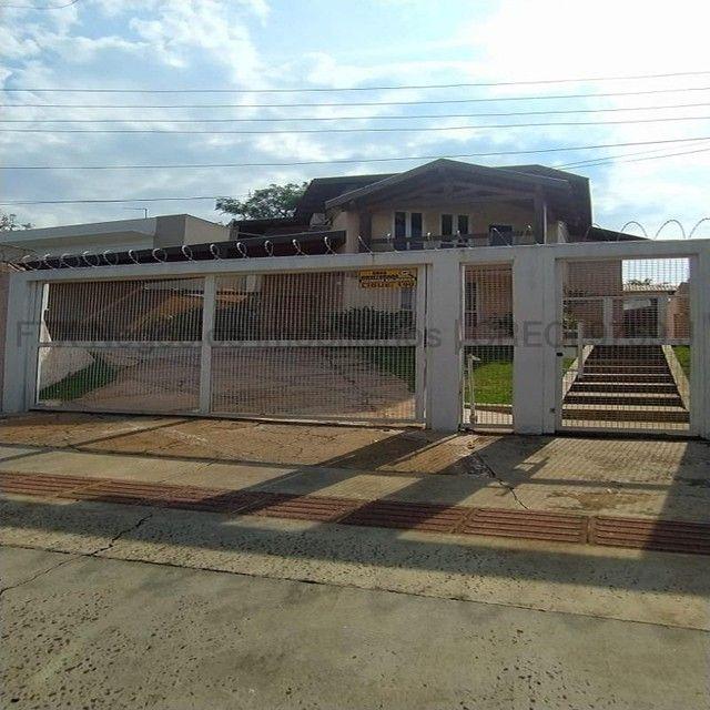 Sobrado à venda, 3 quartos, 1 suíte, 4 vagas, Vivendas do Bosque - Campo Grande/MS