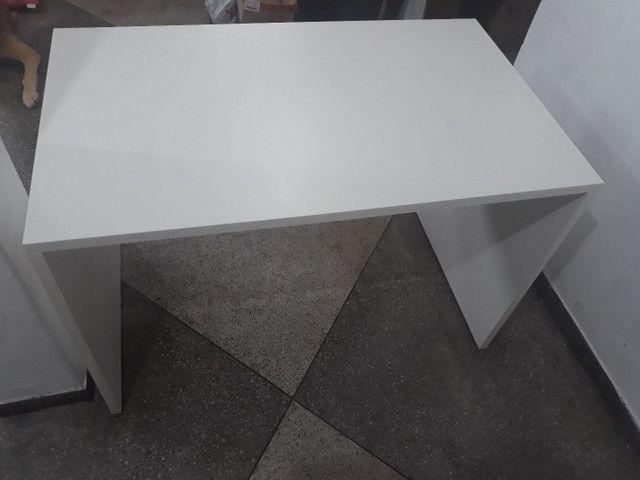 Mesa de escritorio/estudos - Foto 2