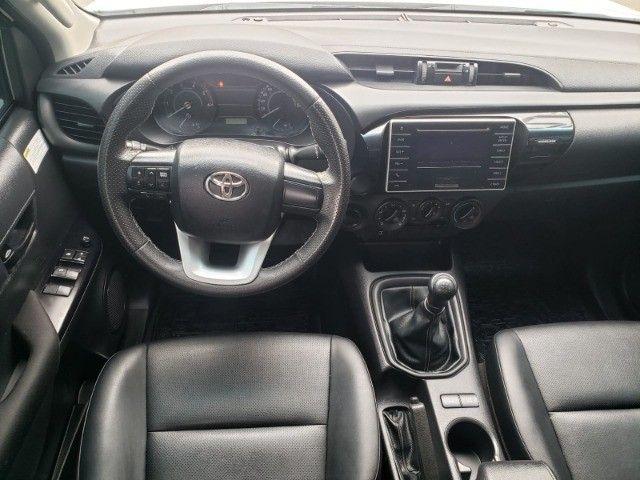Toyota - Hilux 4X4 Diesel Mec - Foto 8