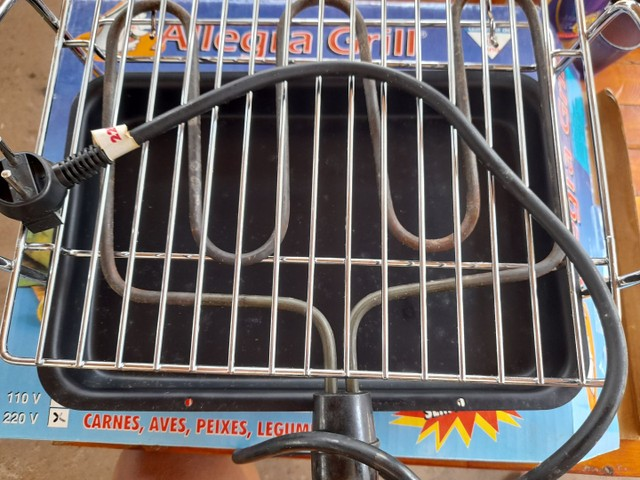 vendo uma churrasqueira eletrica nova - Foto 4